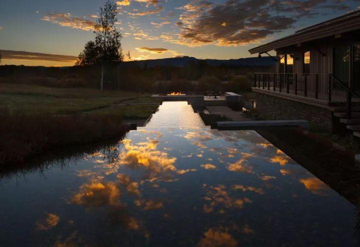 10个绝美的水景庭院赏析,梦幻、恬静、壮观