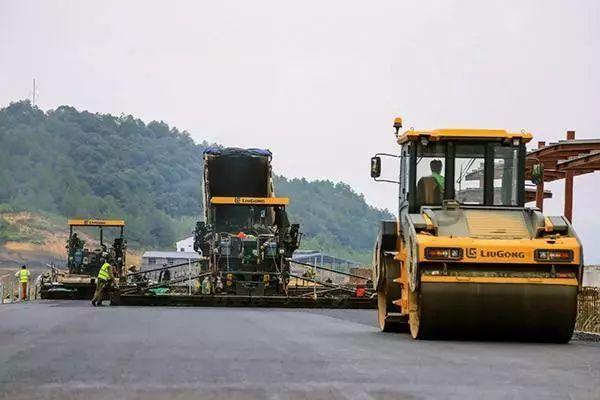 筑养路机械设备发展方向探究