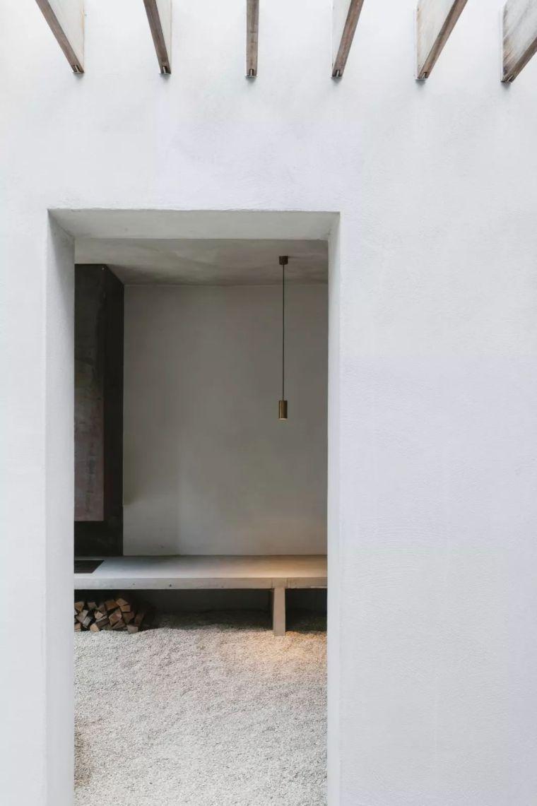极简设计的家不适合住?_38