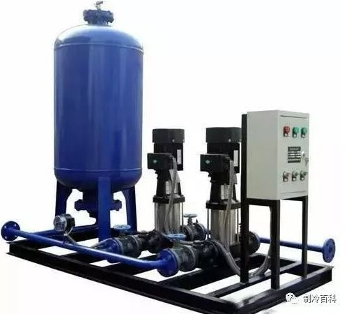 中央空调系统的装膨胀定压补水装置