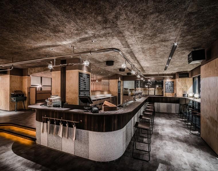 复古风格的SUNMAI酒吧