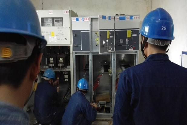 某管理服务中心工程配电柜安装施工组织设计方案