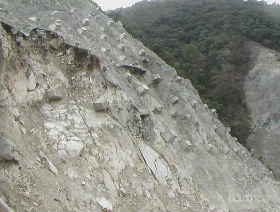 高边坡工程常见问题及典型工程案例