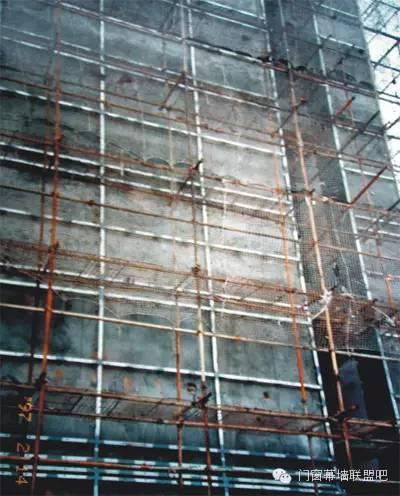 幕墙钢横梁和钢立柱的焊接问题