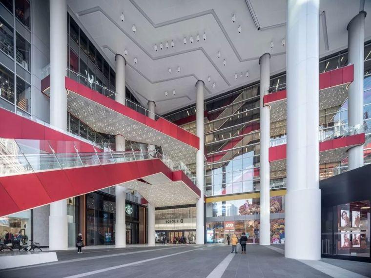 重新连结城市生活-上海世茂广场改造,上海/Kokaistudios_5