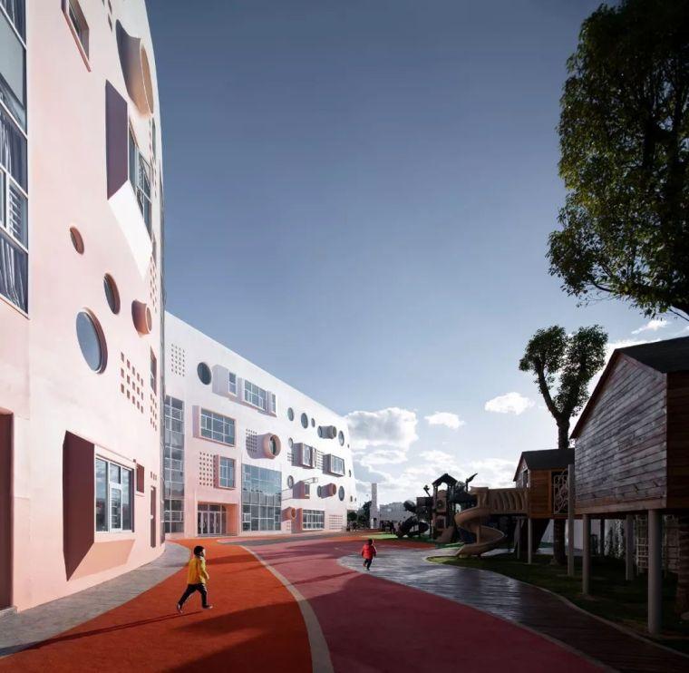 化身乌托邦的幼儿园有很多,这家独有黎明的颜色!