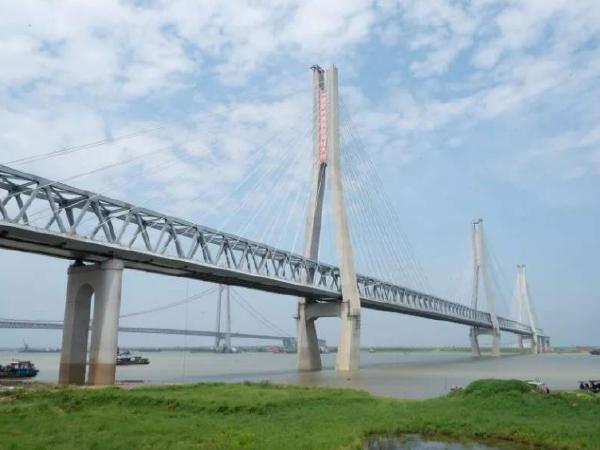 铁路特大桥北岸工区引桥连续梁直线段支架预压作业指导书