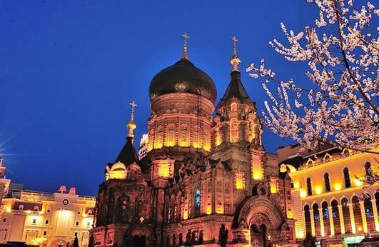 全球50个地标性建筑,认识10个就算你合格!-哈尔滨圣索菲亚大教堂(黑龙江•哈尔滨).jpg