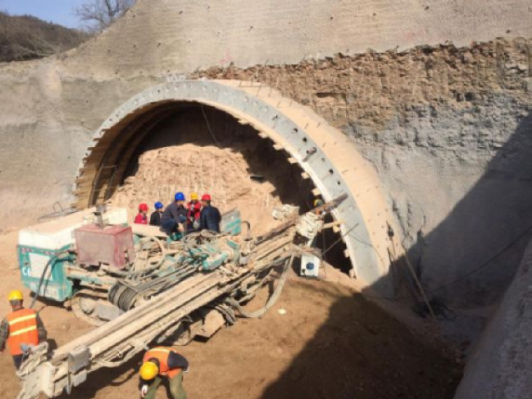 分离式隧道一级施工技术交底