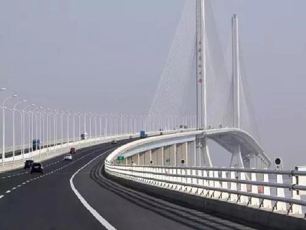 桥梁健康监测为大桥实时体检的重要性