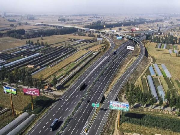 """对《京藏高速青海段:六公里""""夺命高速""""调查》的看法"""
