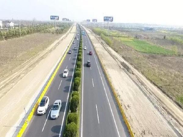 公路加宽路基的防护设计及施工要点
