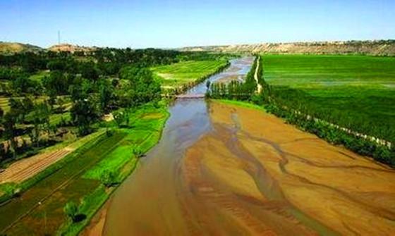 U型灌溉渠设计图资料下载-小型农田水利工程施工建设要点分析