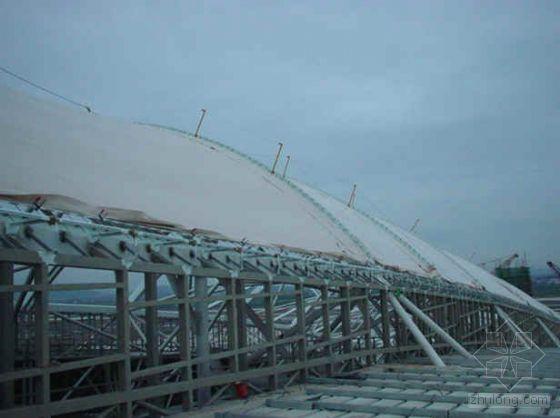 广州某工程雨蓬膜结构施工工艺