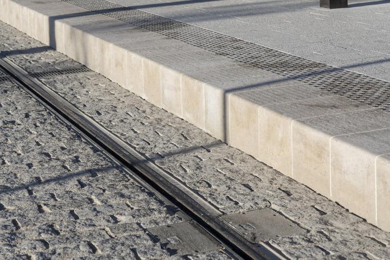 法国尼斯新综合联运枢纽中轴线-12