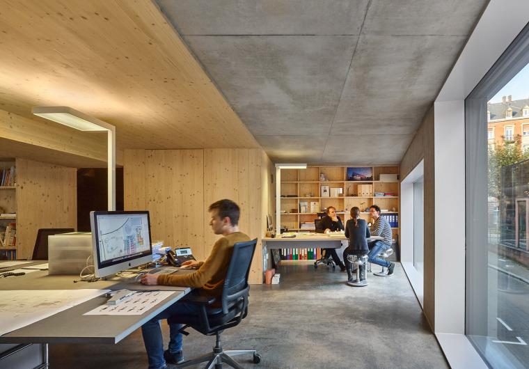 法国斯特拉斯堡办公室与住宅建筑-14
