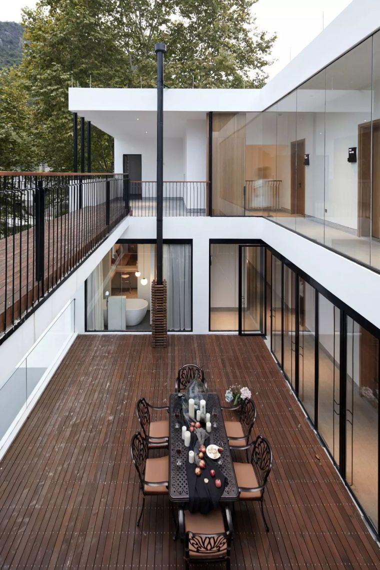 水泥厂改造成民宿,自然简约的设计就是这么美_20