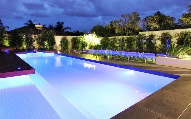 赶紧收藏!21个最美现代风格庭院设计案例_67