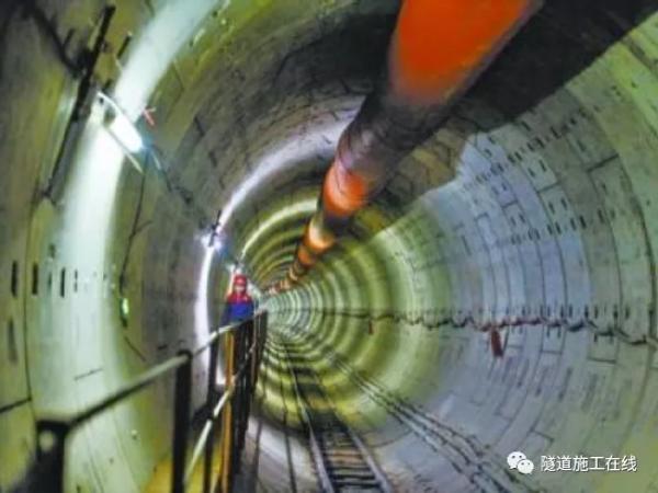 隧道工程超前深孔真空降水技术研究