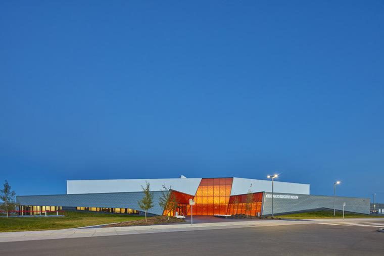 加拿大Calgary大型体育娱乐中心-4