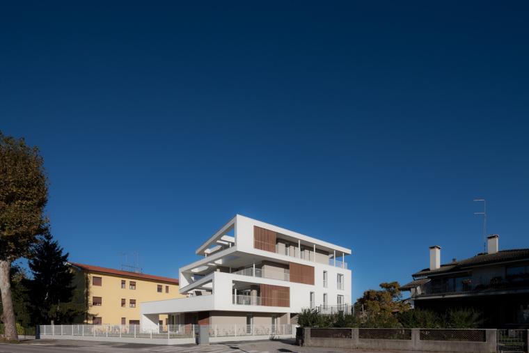 意大利Zeta集合住宅-4