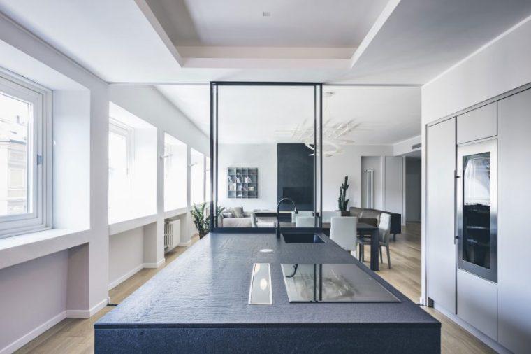 米兰:简洁淡雅的现代公寓_8