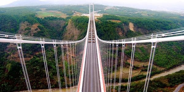 云南的亚洲第一大桥将通车,震撼航拍视频惊呆老外!