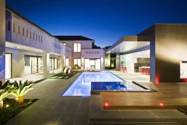 赶紧收藏!21个最美现代风格庭院设计案例_135