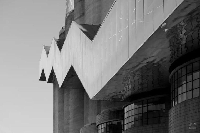 """建筑师爆改""""巨无霸""""老粮仓,除了新增100多米长的扶梯,竟还…_18"""