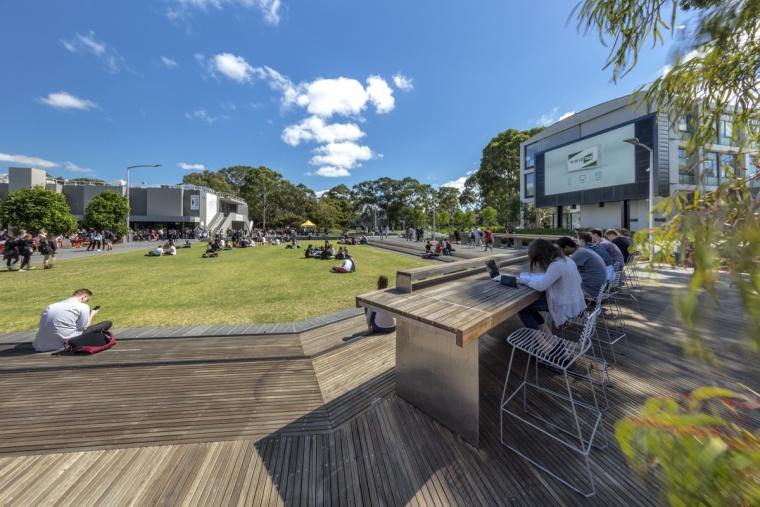 澳大利亚莫纳什大学克莱顿园区广场
