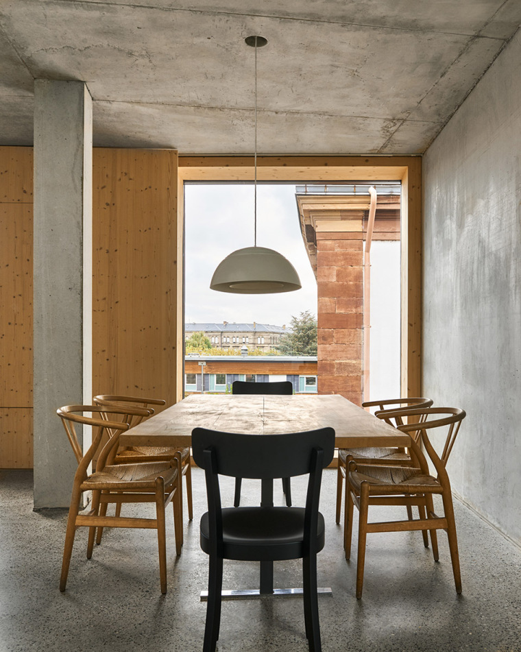 法国斯特拉斯堡办公室与住宅建筑-19