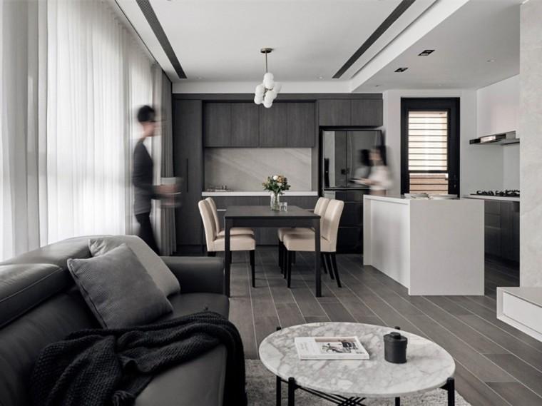 北京135m²简约木质双并亲子住宅