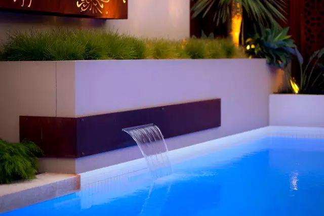 赶紧收藏!21个最美现代风格庭院设计案例_76
