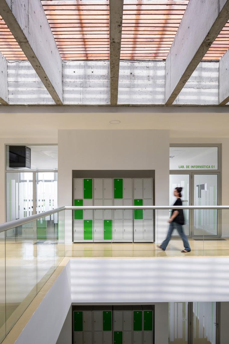 巴西安汉比莫隆比大学新建筑-17