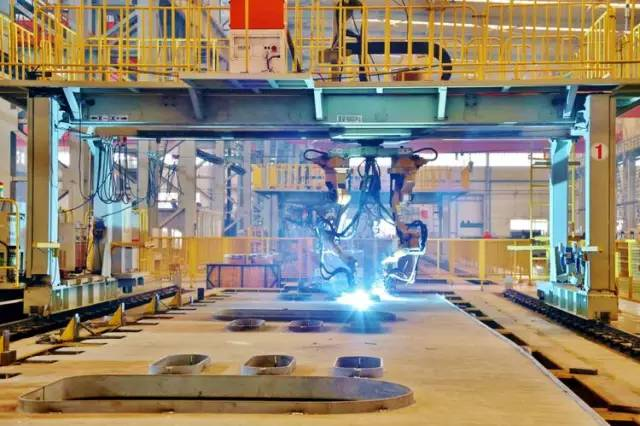 港珠澳大桥钢箱梁原来是这样建成的!_8