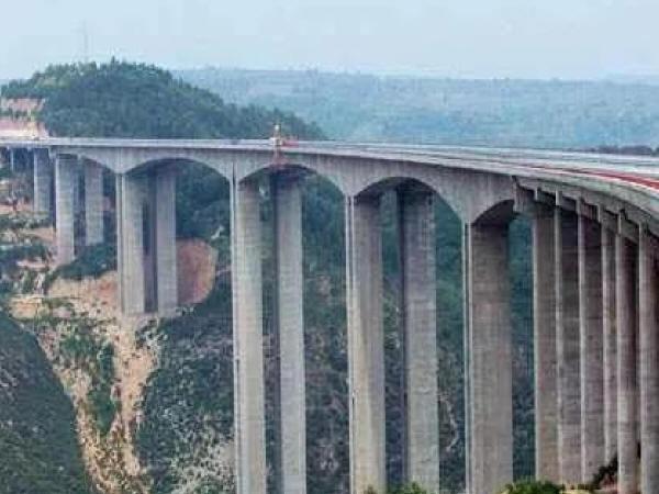 桥梁高墩施工技术分析