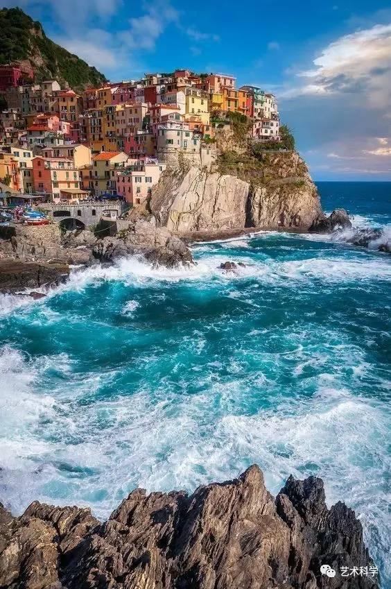 世界上最美的小镇,每走一步都是风景_9