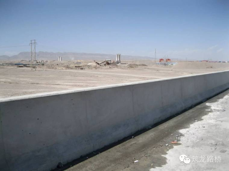 桥梁现浇钢筋混凝土防撞护栏施工全解析,技术交底就用它了!