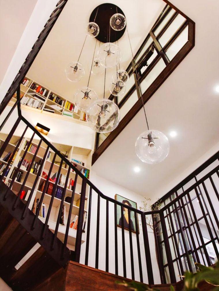 层高8米!在北京买这种房子赚翻了,45㎡变出3层楼