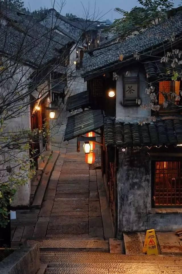 中国最适合私奔的10个小镇_37