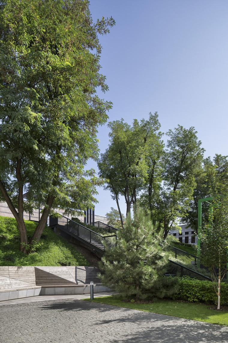 乌克兰UNIT.City创业园区建筑-15