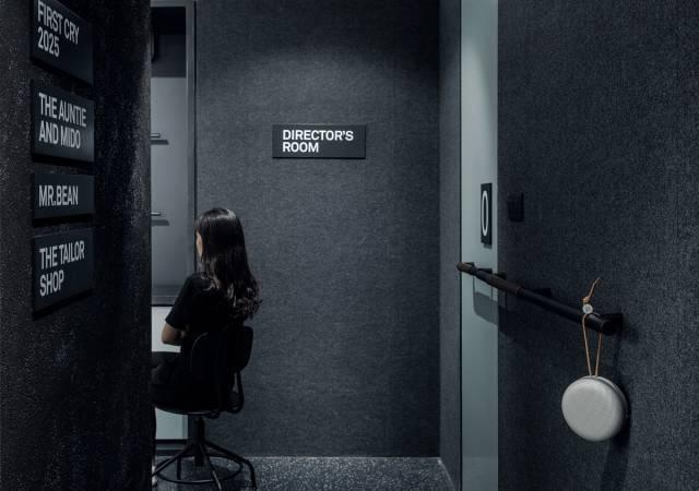 一个关于电影的办公空间,每个角落都有镜头感!_15