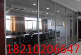 国贸安装玻璃门,办公室玻璃隔断