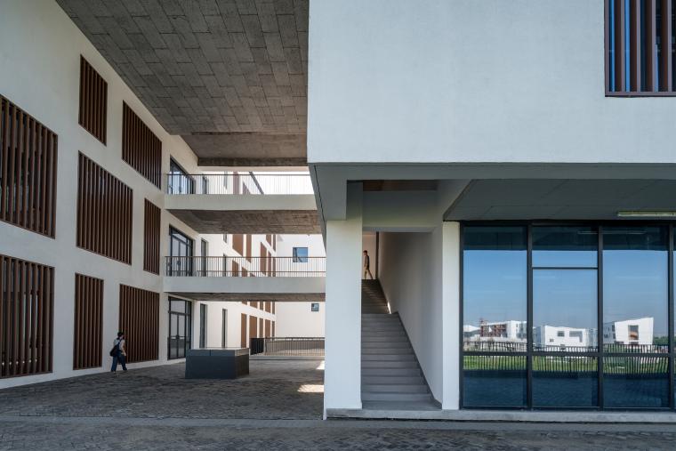 安徽大学艺术与传媒学院美术楼-9