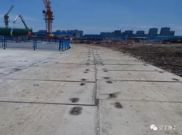 混泥土铺装路面资料下载-[转载]预制混凝土铺装路面