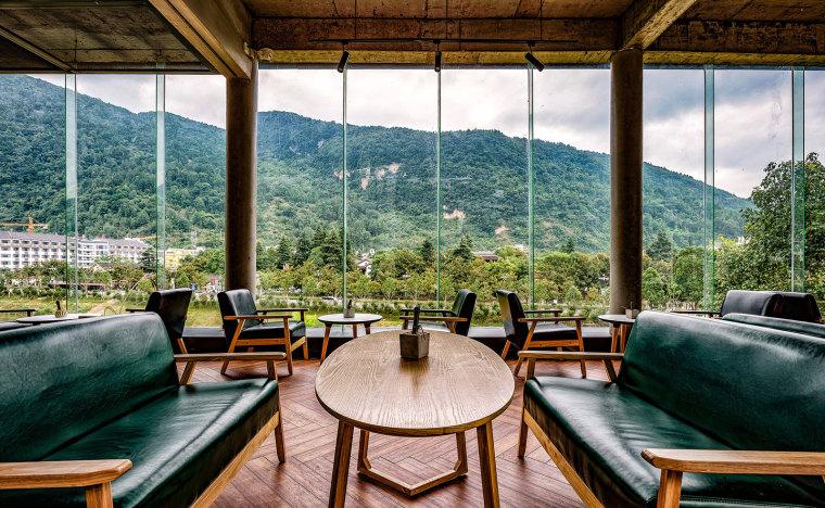 张家界传统湘西风格的六甲设计酒店-16