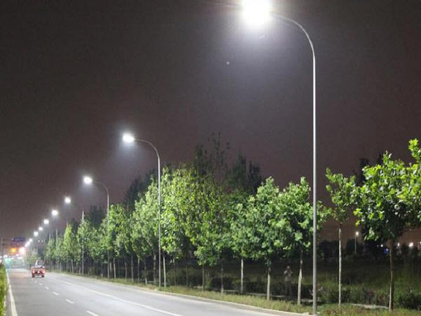出城口道路照明设计关键点探析