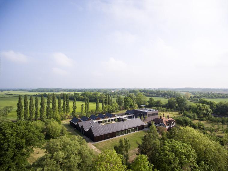 英国Vajrasana佛教休息寓所