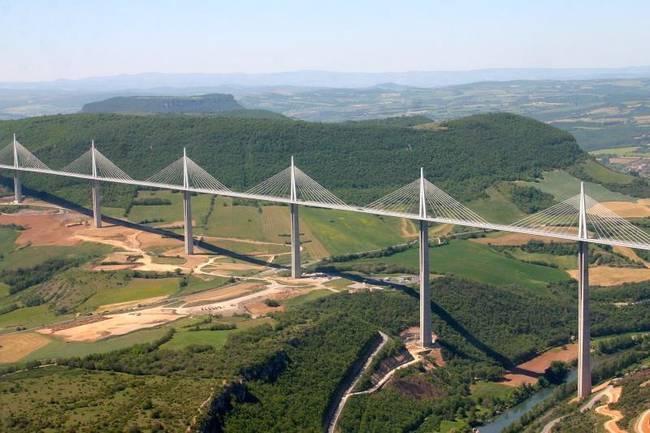 31亿打造的米约高架桥是世界最美大桥,来看看美景!