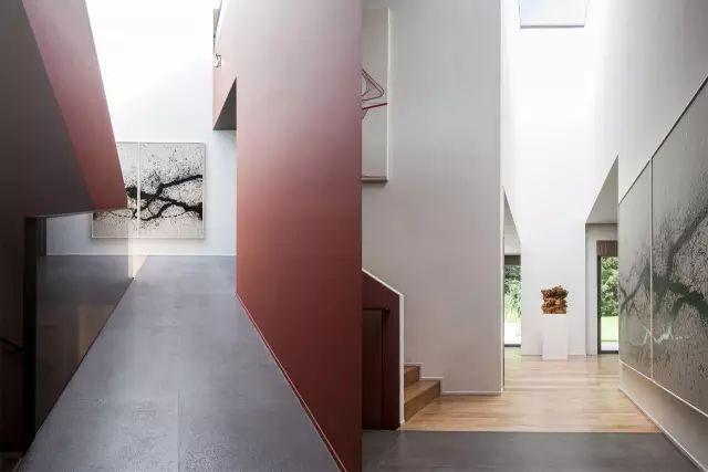 大跌眼镜|设计夫妻档居然设计出这样风格的住宅!!_29